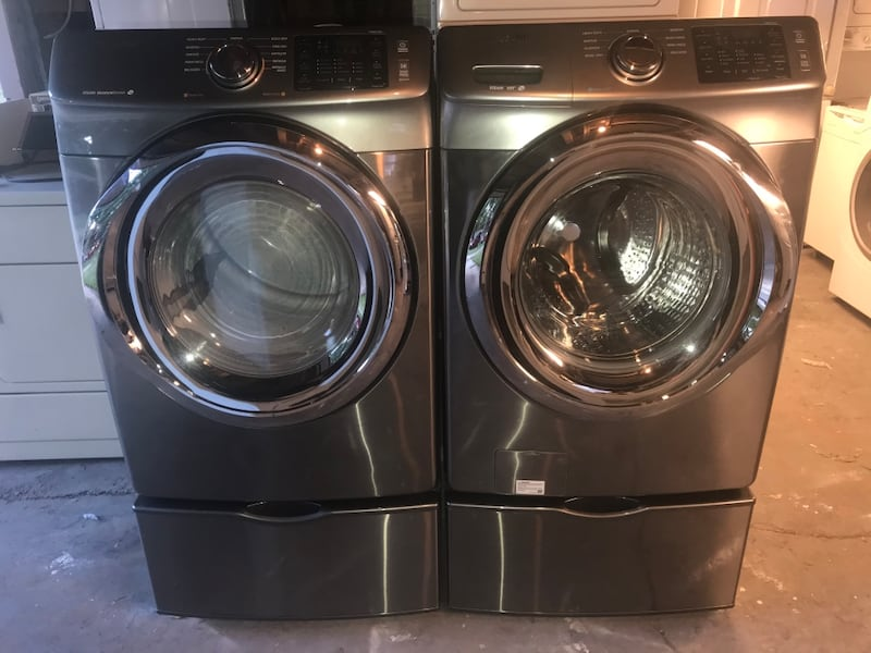 Samsung stackable stainless steel front load washer and electric 220v 768dc93c-b93c-4824-af85-227f8d56bee2