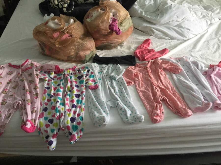 Used Baby clothes new born 0 3 month no stains in Clearwater