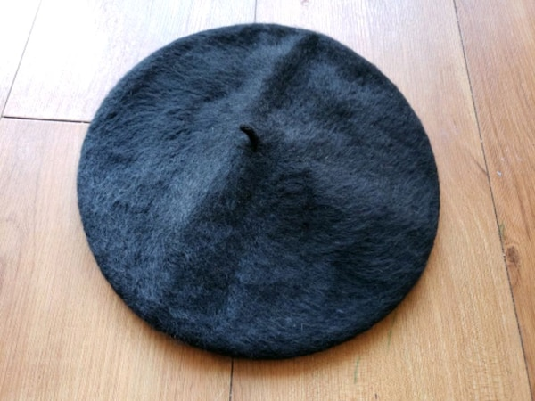 45b828bc3e68a Used Kerrybrooke black wool vintage beret for sale in Bremerton - letgo