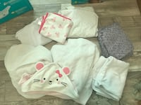 Newborn big lot baby girl bath towels and crib fitted plush sheets plush blankets New Orleans, 70130