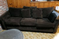 Couch Penngrove, 94951