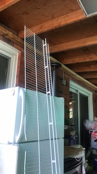 white and green metal pet cage Toronto, M9W 6T2
