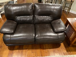 Leather Recliner Loveseat (Brown)