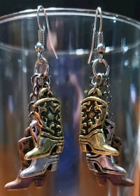 'Cowgirl's Dream' earrings Midwest City