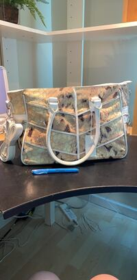 Brand new tote/crossbody bag from Europe