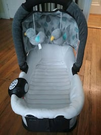 Graco Bassinet for newborn (with massage and sounds)