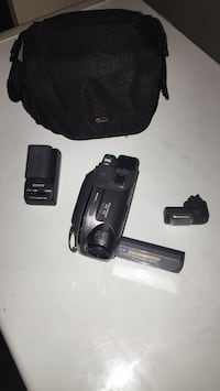 black and gray Sony Handycam with charger and bag Las Vegas, 89142