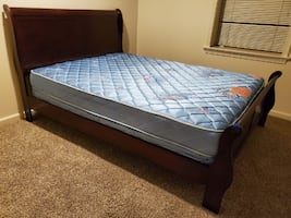 Queen Bed / Mattress (Falls Church)