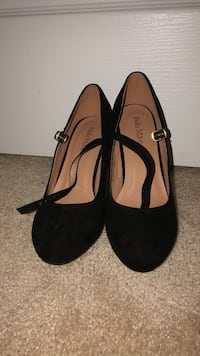 pair of black suede heeled shoes Fairfax, 22030