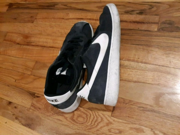 b534b7fe2cad Used pair of black-and-white Nike running shoes for sale in Los ...