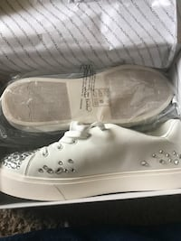 New Zellina After wedding tennis shoes by Aldo sz 8 Horizon City, 79928