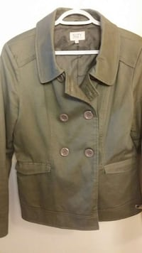 gray button-up coat Mississauga, L4W 2X9