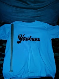 white and black Yankees-printed crew-neck shirt and brown baseball bat Oak Grove, 64075