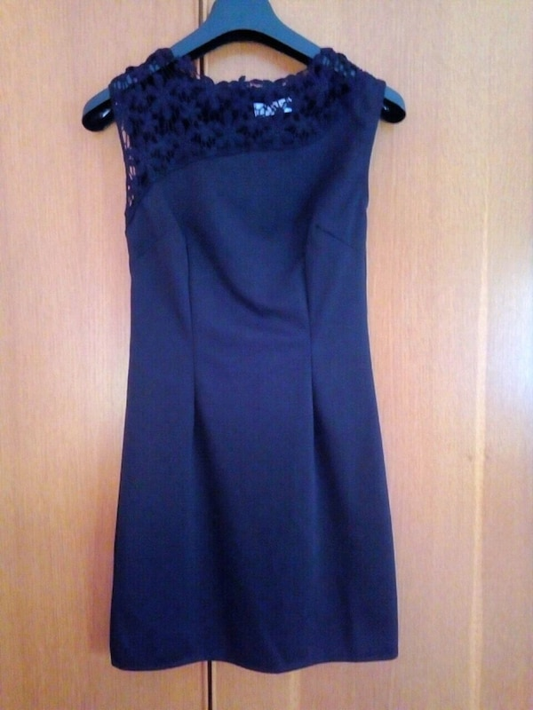 f6dcd20872a9 Used VENDO VESTITO DA DONNA COLOR NERO TAGLIA S for sale in Venezia ...