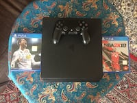 PlayStation 4 with box  Richmond Hill, L4S 1C8