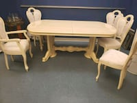 White dining table Santa Barbara, 93117