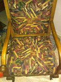 Nice chair real wood Nashville, 37013