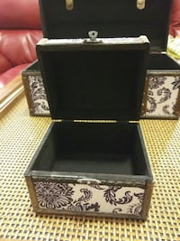2 Jewellery/Cosmetic Boxes Detroit