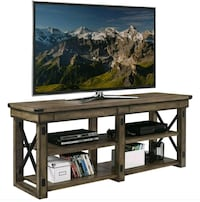 Tv stand new in a box Laval, H7W 5N8