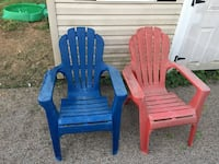 two blue and red plastic armchairs Heath, 43056