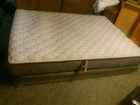 Full Size Bed Mattress and Boxspring Montclair, 22025