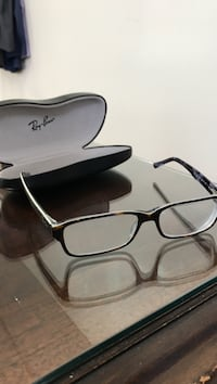RayBan glasses. Tortese with slight white lining. Great condition. Cincinnati, 45202