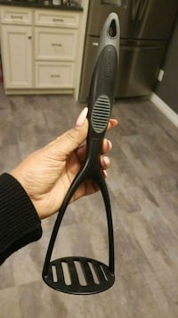 black and gray hair curler St. Catharines, L2M 7Y9