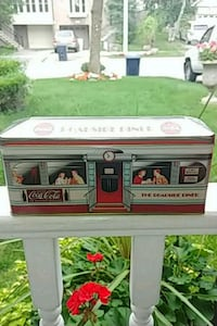Roadside Diner Coca Cola Collectable Tin Toronto, M9C