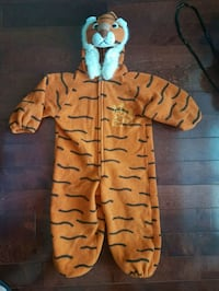 Kids tiger costume fits size 2 and 3 Brampton, L6W 1V2