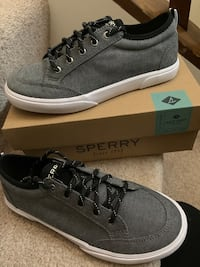 Sperry shoes new in box
