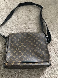 7833677960d5 Used Brown Louis Vuitton Crossbody for sale in Woodstock - letgo