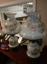 LAMPS...ANTIQUE..GLASS Luling, 70070