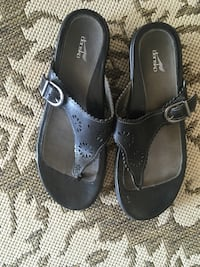 Dansko Black summer sandals size 9 Lafayette, 47909