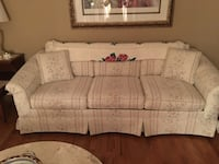 Matching sofa and love seat Glenelg, 21737
