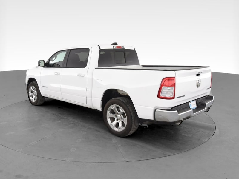 2019 Ram 1500 Crew Cab pickup Big Horn Pickup 4D 5 1/2 ft White 6