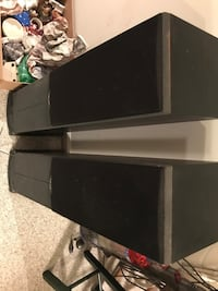 2 Polk RT800 Tower Speakers in good working condition Alexandria, 22315