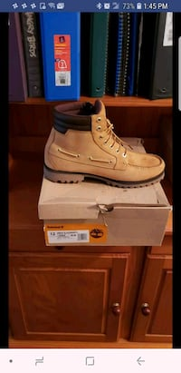unpaired brown Timberland work boot with box scree Schenectady, 12308
