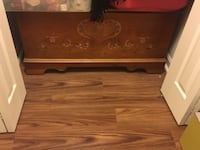 Cedar chest with heart stencil- excellent condition Upper Marlboro
