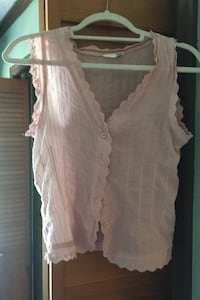 Pink Top Cotton H & M Brand No Size but fits Sm