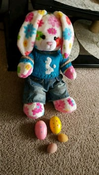 Build in the  bear easter bunny