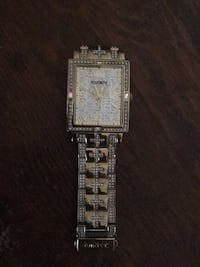 Square gold-colored analog watch with link bracelet Calgary, T2T 4M5