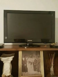 19' black flat screen TV with remote Piscataway Township, 08854