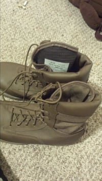pair of brown leather work boots Edmonton, T5E 0B1