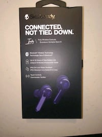 $60 Brand new in box Skull candy wireless