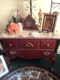 red wooden end table Tampa, 33617