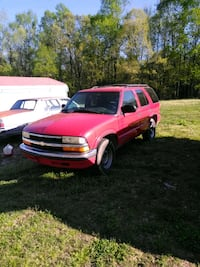 Chevrolet - Blazer - 1996 Petersburg, 23804