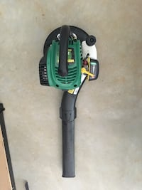 Green and black leaf blower - Weed Eater Brand - Practically New!! Reisterstown, 21136