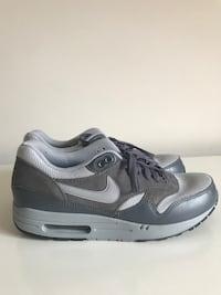 Size:9.5 Nike Air Force 1 Arlington, 22202