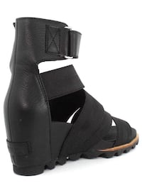 unpaired black ankle-strap bootie Los Angeles, 90291