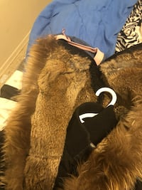 Brown and black fur coat size small  Toronto, M5T